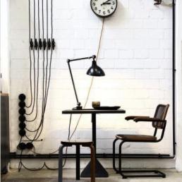 luminaria-de-mesa-articulada-eurolume-iluminacao