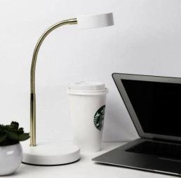 luminaria-de-mesa-led-flexivel-eurolume-ilumincao